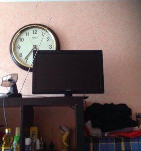 телевизор Philips 57см по диагонали