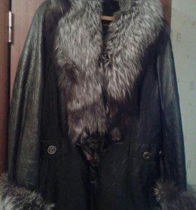 Куртка из натуральной кожи и меха