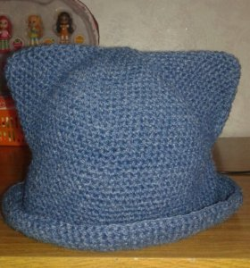Вязанная детская шляпа