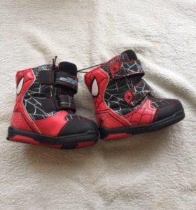 Новые зимние ботинки marvel