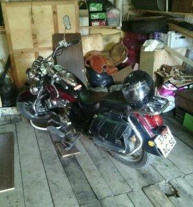 Мотоцикл чопер.