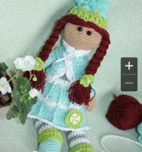Вязаная кукла 30см