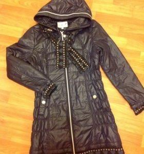 Пальто весна - осень для девочки. Размер 40.