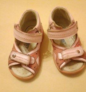 Minimen ortopedic сандалии на первые шаги
