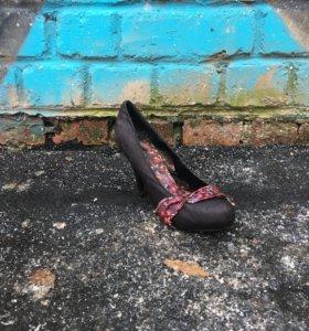 Туфля женская 1 шт.