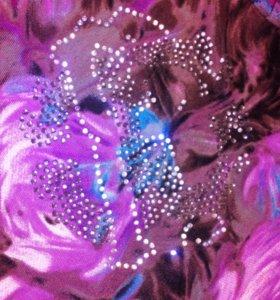 Платье актуальной цветочной расцветки