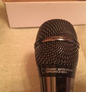 Микрофон LG в металическом корпусе