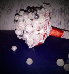 Свадебный букет из бусин
