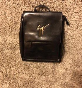 Рюкзак-сумка женский кожаный