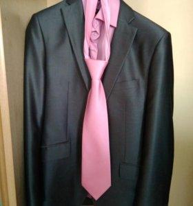 Мужской костюм + рубашка + галстук