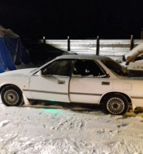 Toyota camry prominenm 1989г