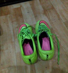 Бутсы Nike Merkurial