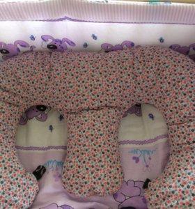 Подушка для кормления.