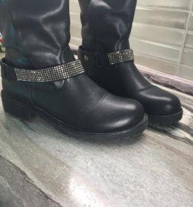Ботинки осень 39р