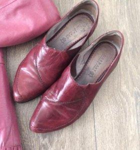 Комплект из кожаной куртки и туфлей