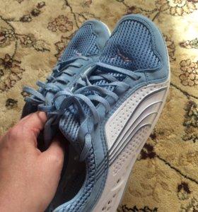 Puma кроссовки на 41-42 размер 27 см по стельке