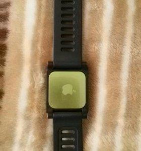 Часы сенцерные ,плеер ipod nano 6