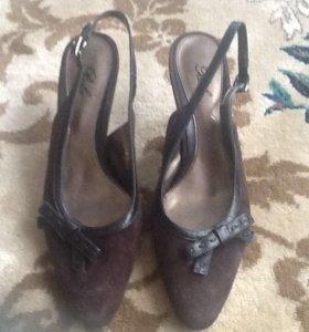Туфли- босоножки 37-38 размер