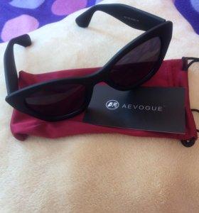 Солнцезащитные очки. Новые