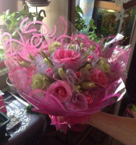 Сладкий букет с лаймово-розовыми розами🍡