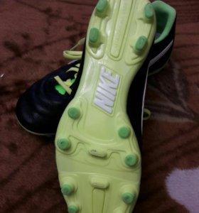 Бутсы футбольные детские Nike 37 размер