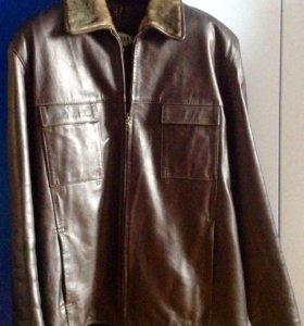 Куртка кожаная на искусственном меху, р.50-52.