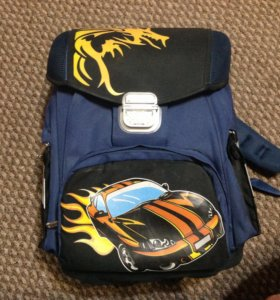 Школьный ранец для мальчика