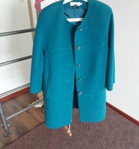 Пальто очень красивое