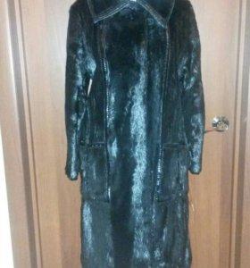 Пальто меховое из нерпы