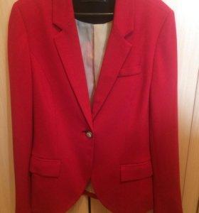 Пиджак красный Reserved