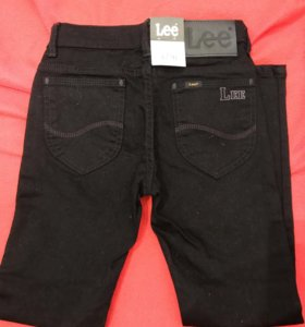 Новые чёрные джинсы Lee 8 лет