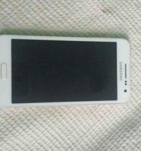 Продаю Samsung galaxy a3