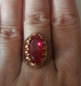 Кольцо золото 585 рубин 16,5-17 размер