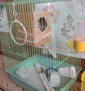 Клетка для попугаев в отличном состоянии