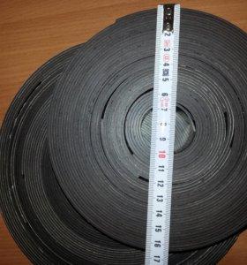 Магнитная лента 28м37см х 25 мм с клеевым слоем.