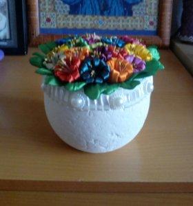 Горшочек с цветами