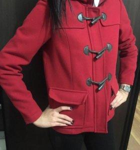 Пальто практически новое, на размер m тоже хорошо