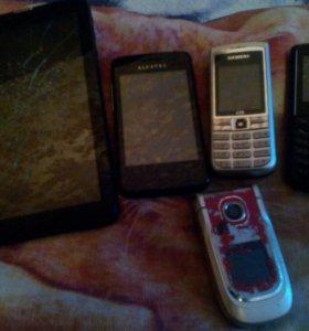 Продам на запчасти телефоны и планшет