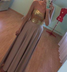 Платье длинное 42р