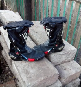Мото ботинки SIDI б/у и мото перчатки