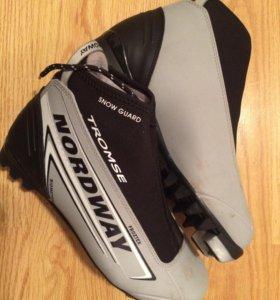 Ботинки для лыж, б/у 2 раза ,40 размер