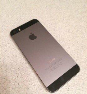 Продам iPhone 5s чёрный или белый