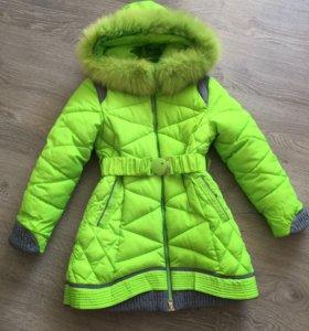 Пальто на девочку от 6 до 9 лет