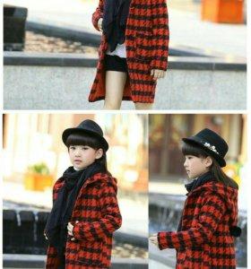 Пальто на девочку 6лет.