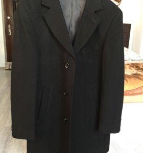 Продам мужское пальто Allgette
