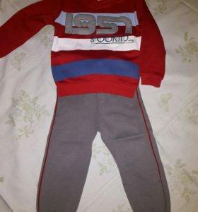 Продаю костюм для мальчика, размер 86.