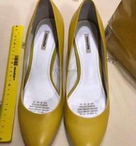Туфли mascotte желтые