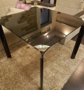 Очень эффектный стол