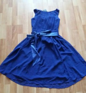 Коктейльное платье SHOWCASE by Dorothy Perkins