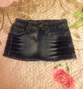 Юбка-мини джинсовая.
